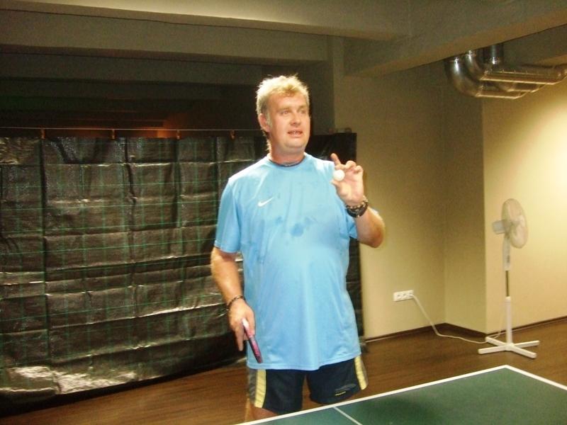 Usměvavý Kozel                       kulečník - billiard - snooker - ping pong - stolní tenis - Praha 10 - Harlequin Praha - bowling - šipky - fotbálek - zábava - feremní večírky - svatby