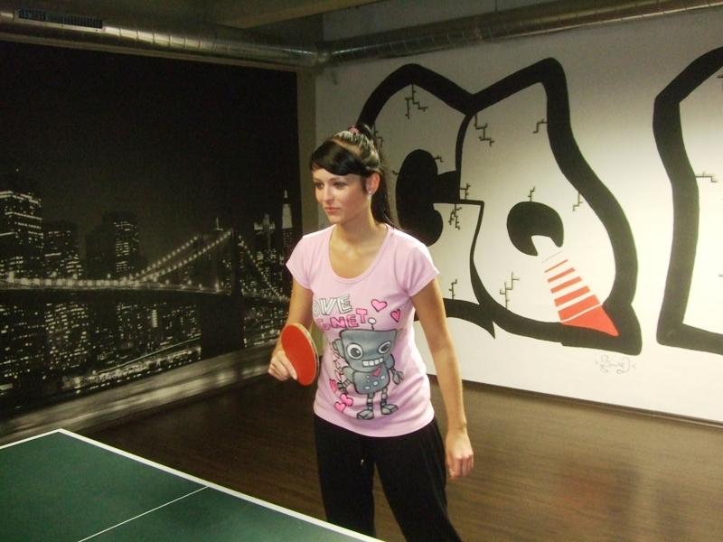 Ivana Courtonová                      kulečník - billiard - snooker - ping pong - stolní tenis - Praha 10 - Harlequin Praha - bowling - šipky - fotbálek - zábava - feremní večírky - svatby