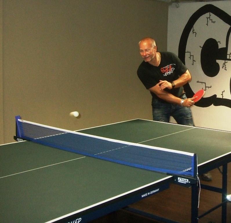 Pavel Halamka billiard - kulečník - ping pong Praha 10