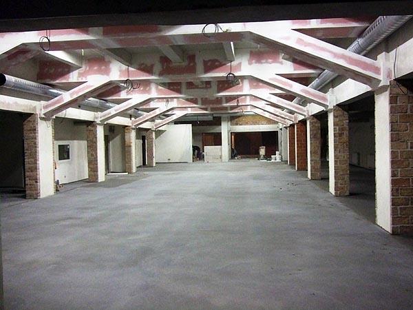 10. 2. 2010 - hlavní hala billiard - kulečník - ping pong Praha 10