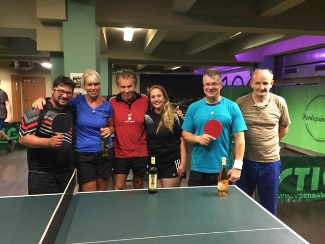 Honza Satrapa vítězí překvapivě v turnaji ve stolním tenise, Robin Vladyka v kulečníkovém!!!